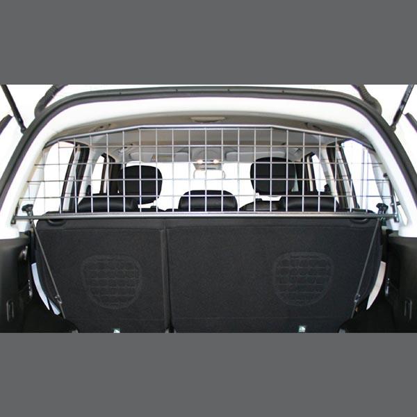 Travall Guard Fur Fiat 500l 2012